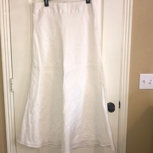 Banana Republic Maxi Skirt with zipper. Size 10